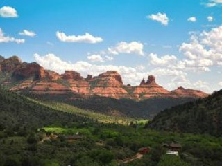 Sedona's World Famous Oak Creek Canyon. Minutes to town! ~ RA128178
