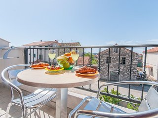 Apartment and Rooms Mirjana - 11111-A3, Vodice