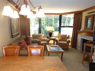 Resort at Squaw Creek Fireplace Suite, sleeps 4 ~ RA128184, Olympic Valley