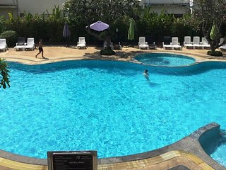 Lovely Condo in Jomtien/Pattaya-Tai 我住在兴港,可在中国回复, Jomtien Beach