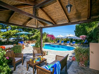 Magnificent villa Agapi for families, Episkopi