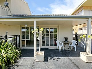 Isle of Serenity - Long Island Guest House, Frankston