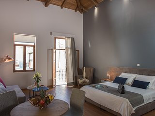 Bluebell Deluxe Suite, Chania Town