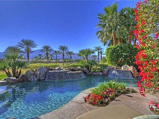 148LQ  LUXURY 4336 SqFt  POOL & SPA ALSO FIRE PIT