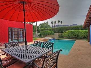 179LQ LA QUINTA COUNTRY CLUB w TENNIS COURT