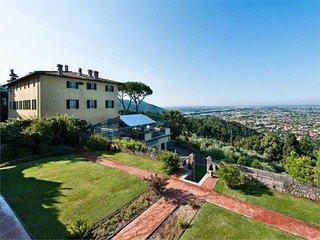 7 bedroom Villa in Pietrasanta, Tuscany, Italy : ref 5455329