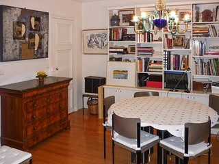 Cosy flat in Paris with WiFi