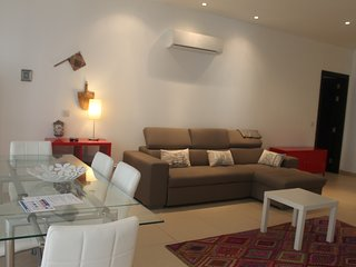 Modern 1 Bedroom Maisonette with Sofa Bed