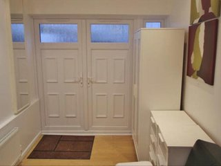 Lovely 1bedroom self contained in Wembly area, Wembley