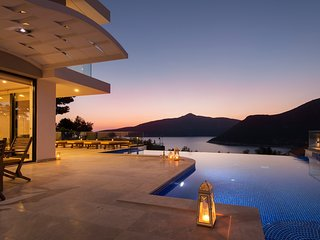 Villa Ozma: Spectacular 5 bedroom villa in Kalkan