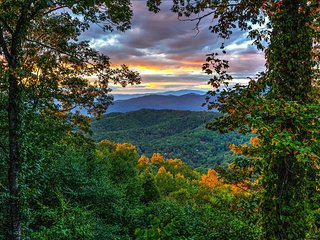 The Aerie - Experience the Blue Ridge - Escape To The Mountain Top