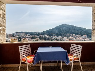 Cozy Two Bedroom Apartment in Lapad, Dubrovnik