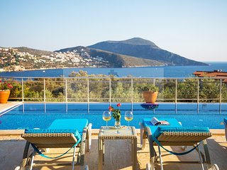 Villa Oasis; Outstanding 6 bedroom Kalkan Villa