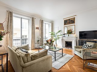 Saint Germain Luxury Two Bedroom
