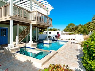 AMI Retreat: 3BR Pool Home 200 Steps from Beach