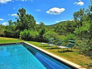 Villa Casino Di Caccia with private swimming pool, Sarteano