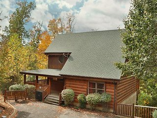 Moonlight and Memories is the ideal location for a Smoky Mountain getaway., Sevierville