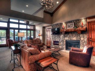 Lion Square - East 313, Vail
