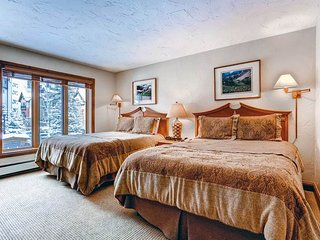 Lion Square - South 468, Vail