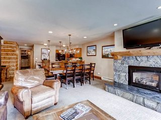 Montaneros 216 - Two Bedroom Residence, Vail