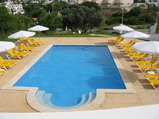 Modern 2 bedroom Apartment with sea view and pool in Carvoeiro.