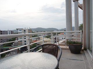Spacious 120sqm Beach Front Condo with Pool & Gym