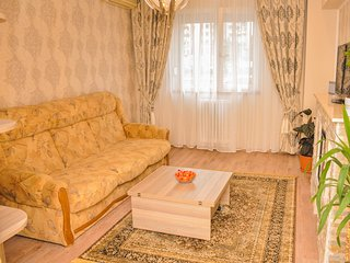 Beautiful and cozy apartment in the old city, Bukarest