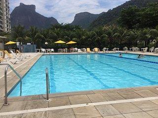 RIO - HIGH QUALITY APARTAMENT 4 BEDROOMS NEAR GAVEA GOLF CLUB, Rio de Janeiro