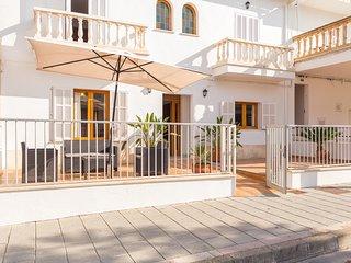 CAN BIEL,  moderna casa a 100 metros de la playa de Can Picafort.