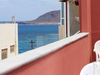 Nice apartment close to Canteras beach 402