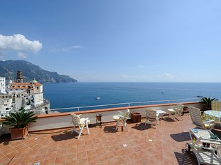 ATRANI 'Casa Rossa' AMALFI COAST with sea view