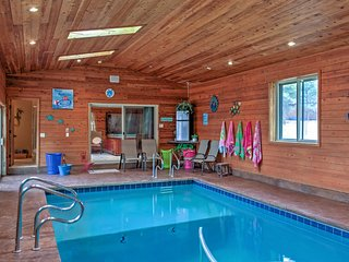 Spacious Flagstaff House w/Private Pool & Hot Tub!