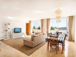 Quiet Apartment with Stunning Views  Puerto Banus