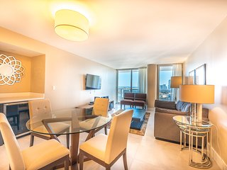The Grand 4153 | 1bed/1.5bath | Free Valet Parking, Miami
