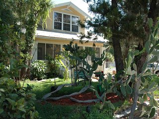 Historic Pool Home #1123, Bradenton