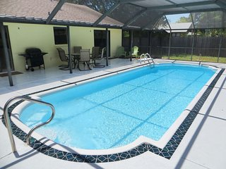 Lovely Pool Home close to the Beaches, Bradenton