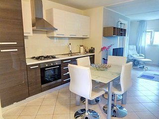 Gorgeous Lake Garda 1 bedroom apartment (7)