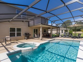6 Bedroom/4.5 Bathrooms Crystal Cove (957EG)