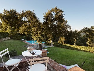 Private villa in exclusive location of Chianti area with pool, stunning views