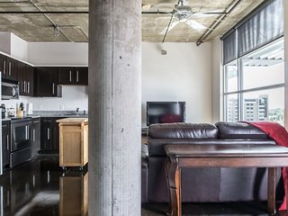 Luxury Loft near downtown/uptown Dallas