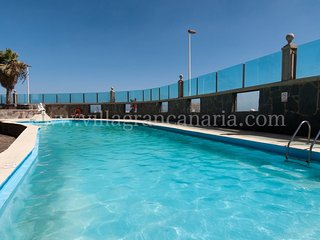 Beachfront Apartment Las Burras Aquarius DB09