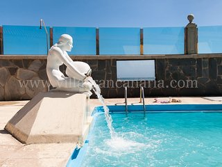 Beachfront Apartment Las Burras Aquarius DB09