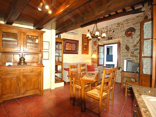 BEAUTIFUL RUSTIC HOUSE TOSSA DE MAR, Tossa de Mar