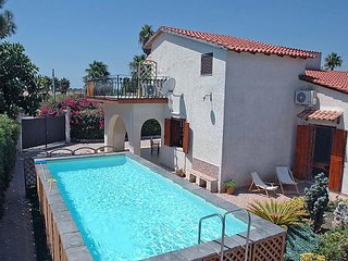 3 bedroom Villa in Avola, Sicily, Italy : ref 5083307