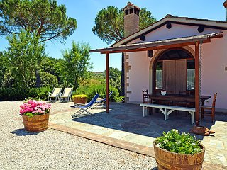 2 bedroom Villa in Certaldo, Tuscany, Italy : ref 5055324