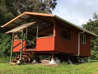 peaceful private cabin on organic farm, Captain Cook