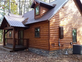 Rivers Bluff Cabins - Just The Two of Us Cabin