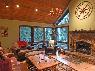 Spacious Getaway with Lake Views, Tahoe Vista