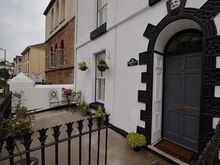 40312 House in Brixham, Stoke Fleming