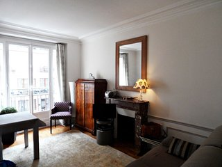 Porte De Versailles apartment in 15ème - Seine with WiFi & lift., París